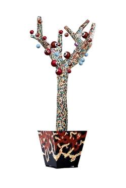 """""""ARBOL DELIRANTE"""". Esmalte al agua + acrílico sobre árbol diseñado, estructura metálica, base de madera y relleno de papel encolado. Obra realizada para exposición en Mall Plaza Antofagasta. Antofagasta – Chile. 2011"""